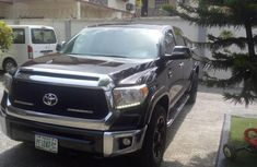 Almost brand new Toyota Tundra Petrol for sale