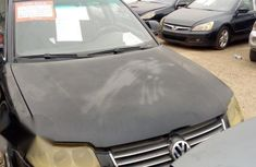 Volkswagen Passat 2004 Black for sale