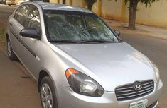 Very Clean Hyundai Accent 2009 Gray for sale