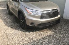 Automatic Toyota Highlander 2016 for sale