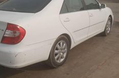 Tokunbo Toyota Camry 2003 White for sale
