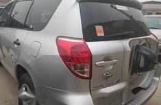 Clean And Neat Tokunbo Toyota Rav4 2008 Silver for sale