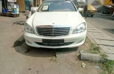 Mercedes-Benz S550 2008 White for sale