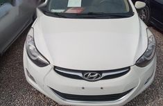 Hyundai Elantra 2013 White for sale