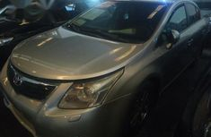 Toyota Avensis 2009 Silver For Sale