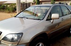 Neatly Used Lexus Rx 300 2001 Gold for sale