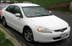 Neat Honda Accord 2005 White for sale