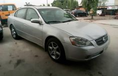 Clean & Sound Nissan Altima 2002 Silver For Sale