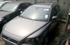 Tokubo Volvo V70 2006 Gray for sale