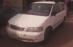 Honda Osyssey 2000 White for sale