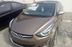 Clean Hyundai Elantra 2016 Brown for sale