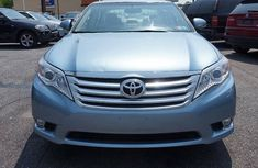 Toyota Avalon 2010 Blue for sale