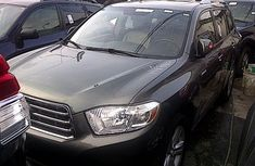 Toyota Highlander 2010 Grey for sale