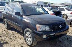 Clean direct Tokunbo Toyota Highlander 2004 Black for sale