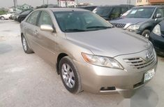 Clean Toyota Camry 2009 Gold for sale