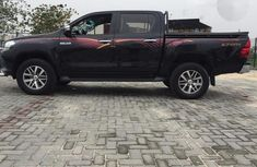 Toyota Hilux 2016 Black for sale