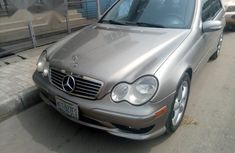 Mercedes Benz C230 2004 Gray For Sale
