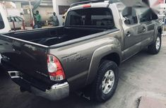 Toyota Tacoma Double 2013 Gray for sale