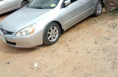 Very Reliable And Neatly Used Honda Accord 2004 Silver for sale