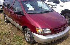 Clean Toyota Sienna 1999 Red for sale