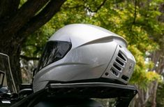 The air conditioning helmet: a cool head for motorcyclists in the boiling weather!