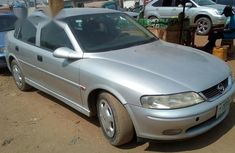 Clean Opel Vectra 2000 Silver for sale