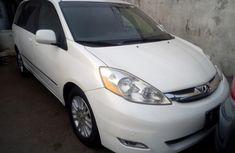 2008 Toyota Sienna Petrol Automatic for sale