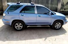 Lexus Rx300 blue 2000 for sale