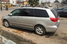 Toyota Sienna XLE 2005 Silver for sale