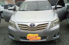 Toyota Camry Le 2010 Silver for sale