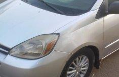 Nigerian Used Toyota Sienna 2005 Gray for sale