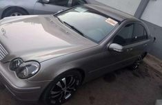 Mercedes Benz C200 2004 Silver for sale