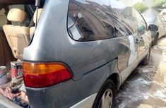 Toyota Sienna 2000 Gray for sale