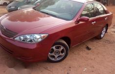 Slightly Used Toyota Camry 2005 Red for sale