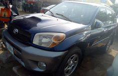 Toyota RAV4 2004 Blue for sale