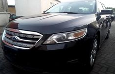 2011 Ford Taurus Automatic Petrol well maintained for sale