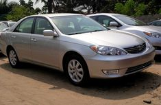 2004 Toyota Camry XLE Tokunbo (very Clean) + Formaica Trimming