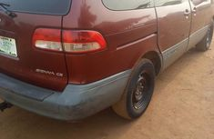 Toyota Sienna 2002 Red for sale