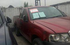 Clean Toyota Tundra 2004 Red for sale