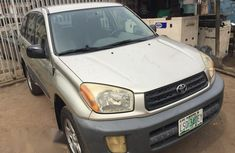 Toyota RAV4 2002 Gold for sale