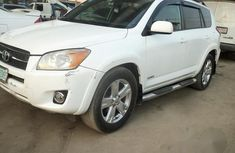 Toyota RAV4 2006 White for sale