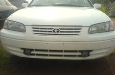 Toyota Camry White 1999 for sale