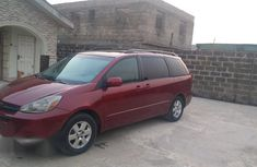Clean Toyota Sienna 2004 Red for sale