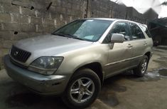 Clean Lexus RX 2000 Gold For Sale