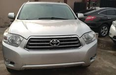 Tokunbo Toyota Highlander 2005 Silver for sale