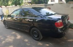Clean Toyota Avalon 2004 Black for sale