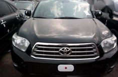 Clean Toyota Highlander 2010 Gray for sale