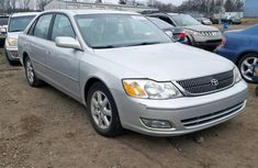 Clean direct tokunbo Toyota Avalon 2002 Silver for sale