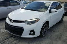 Clean Toyota Corolla 2014 White for sale