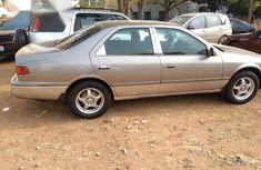 Toyita Camry 2000 Gray for sale